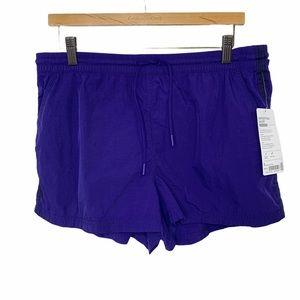 Athleta Expedition Shorts